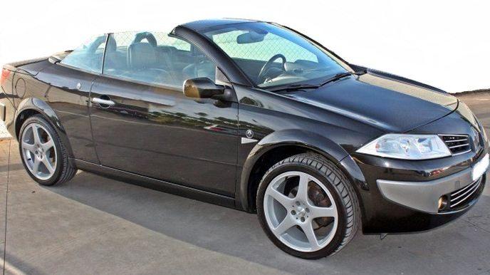 2005 renault megane 1 9 dci cabriolet 4 seater hard top convertible cars for sale in spain. Black Bedroom Furniture Sets. Home Design Ideas