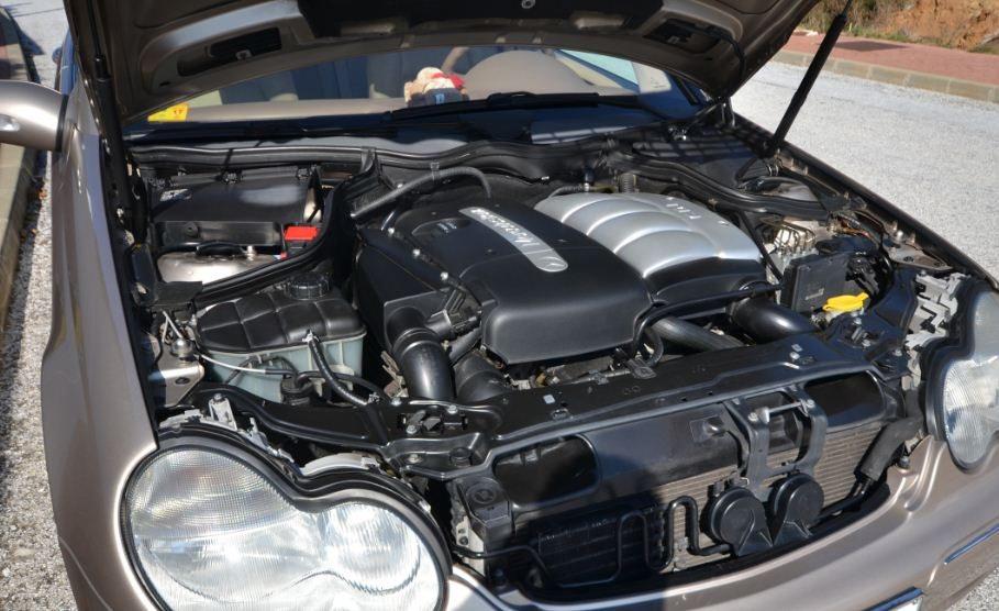 2002 Mercedes Benz C220 CDi Elegance diesel automatic 5 door estate