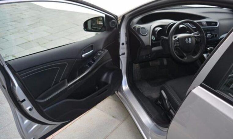 honda civic tourer   vtec elegance automatic  door hatchback cars  sale  spain