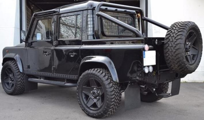 2010 Land Rover Defender 110 Double Cab All Blacks Version Pick Up Cars For Sale In Spain