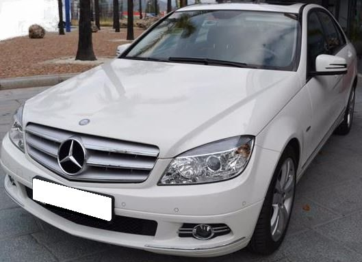 2010 Mercedes Benz C200 Avantgarde automatic 4 door saloon car for sale in Soain Costa del Sol Marbella Mijas Costa Malaga