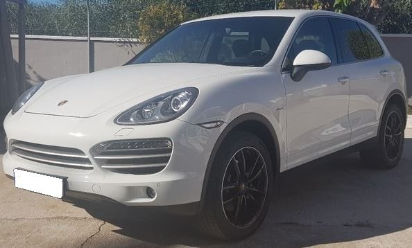 2014 Porsche Cayenne 3.0 TD Platinum Edition diesel automatic 4x4 SUV for sale in Spain Costa del Sol Marbella Mijas Costa Malaga